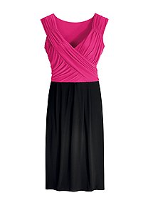 41c8b8adddcc Colourblock Dress Linea Tesini Top Linen Cropped Trousers. If the thought  of mixing colours in your women s clothing ...