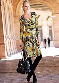 Ladies print dress Shop our NEW trends from the Autumn Collection!