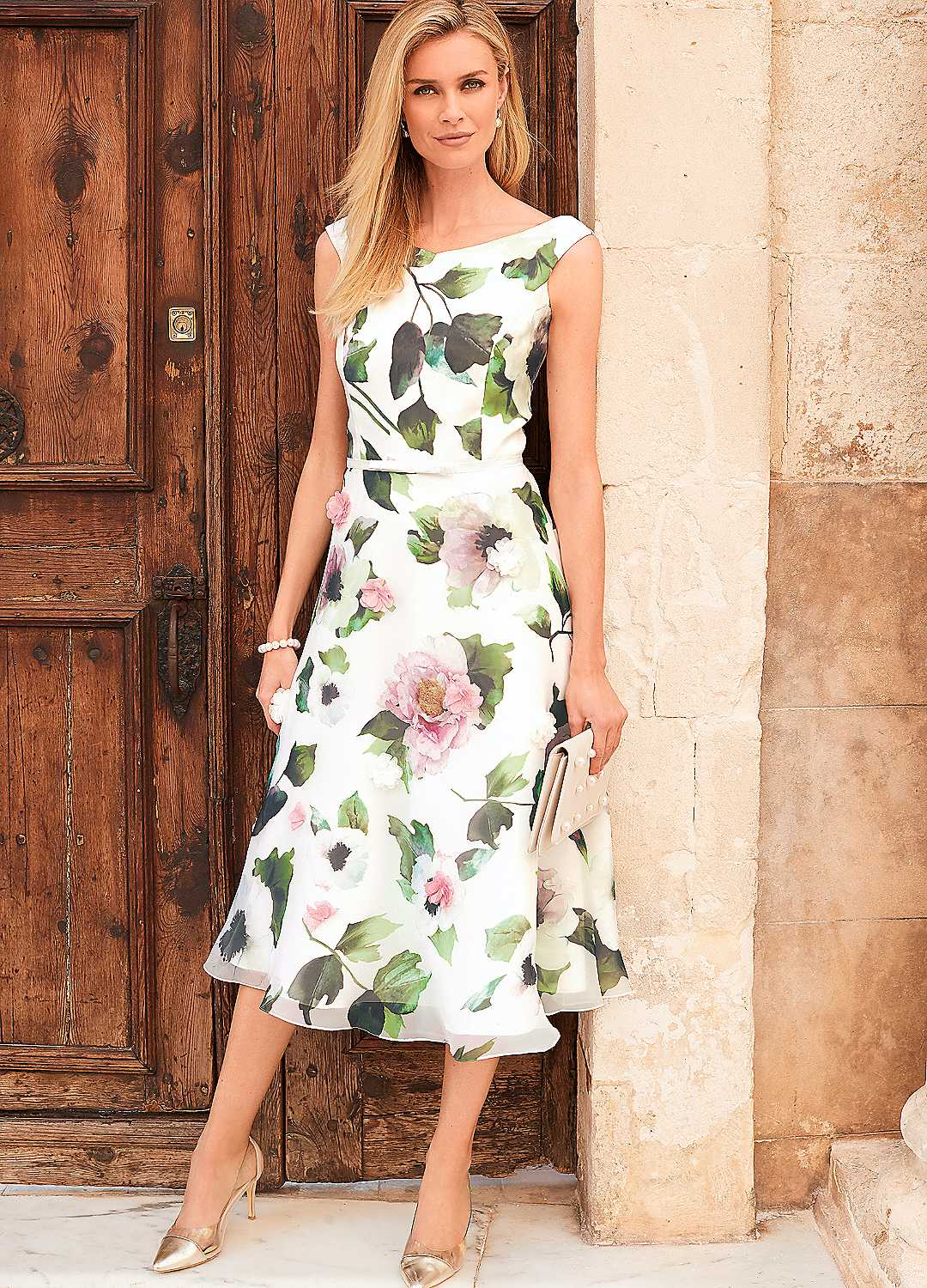 what to wear for a wedding abroad  the kaleidoscope blog
