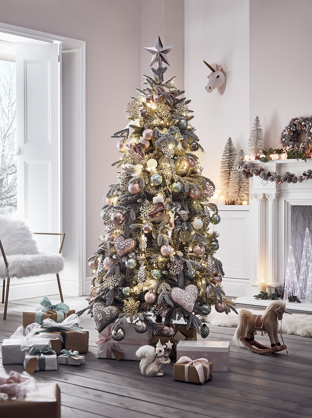 The Christmas Tree.How To Create The Perfect Christmas Tree In 10 Easy Steps